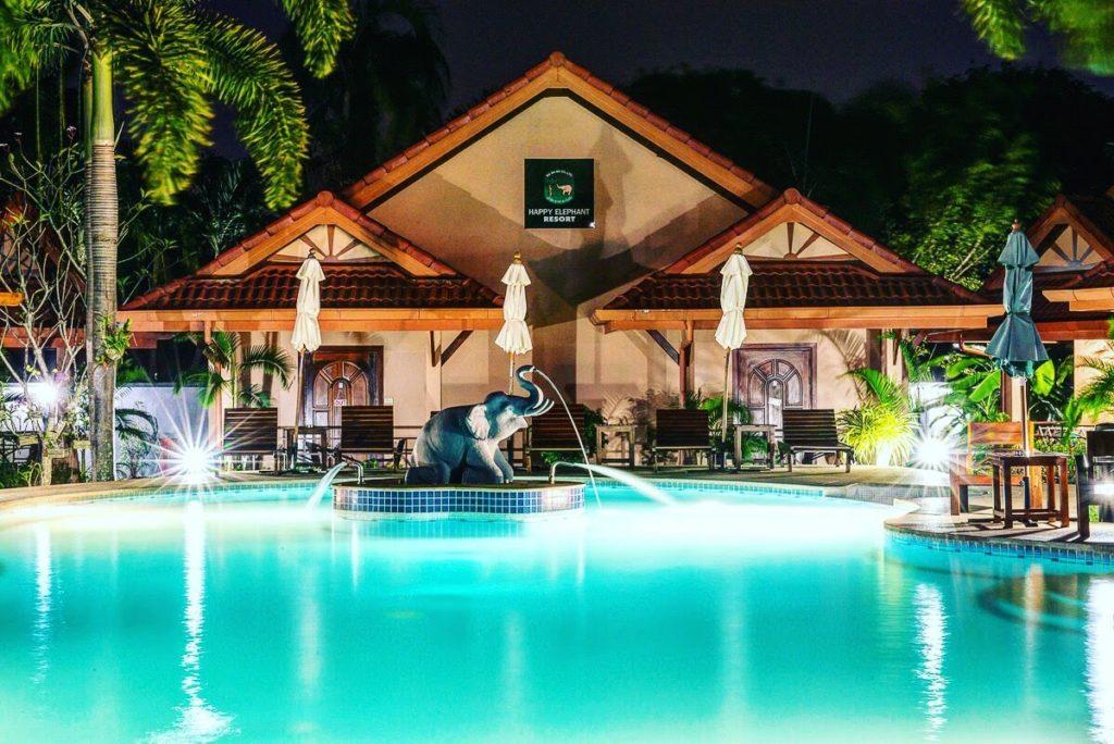Resort Happy Elephant