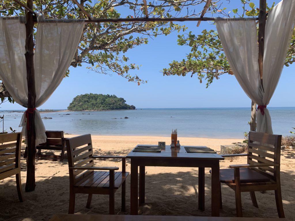 La spiaggia di Libong