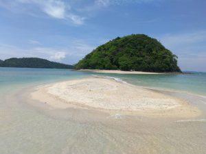isoletta vicino Rawai