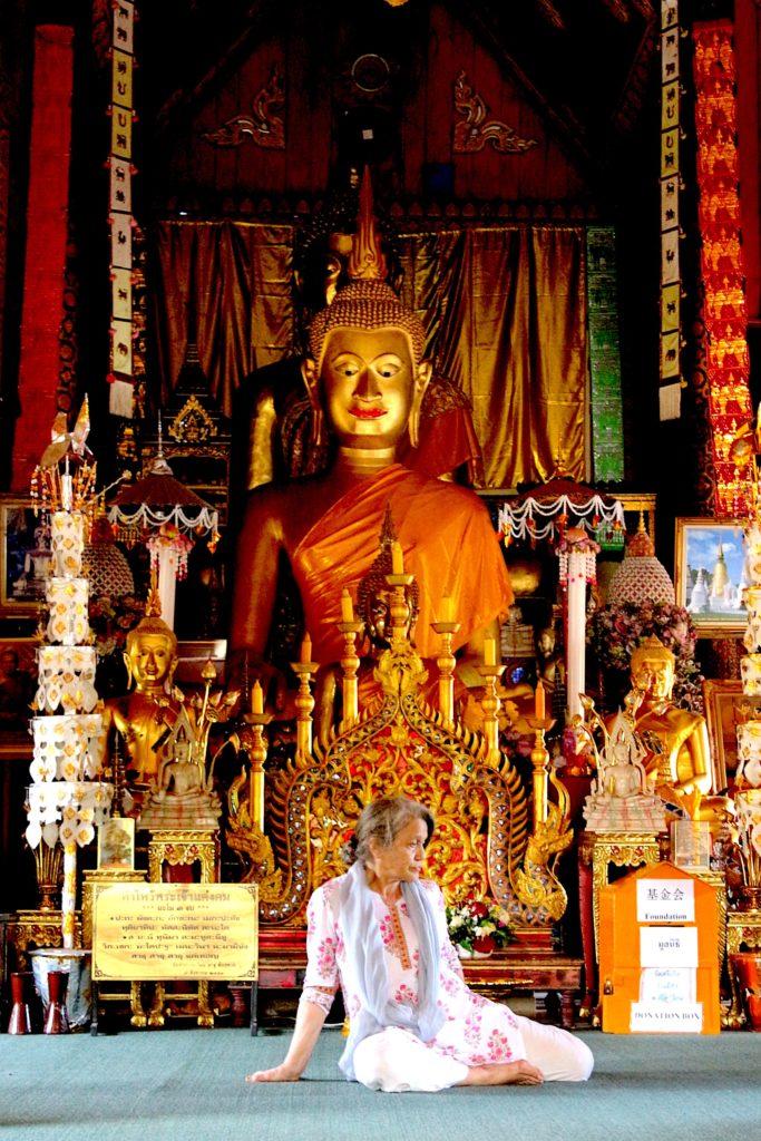 Pasqua in Thailandia: Buddha